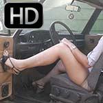 Hana Cranks & Smokey Revs the BMW 2002