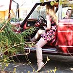 Little Billy Peeps on Cassandra Cranking Her Jeep
