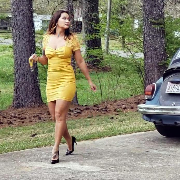 Jane Domino Fries the Starter Motor in the Bug Yellow Dress & Black Pumps