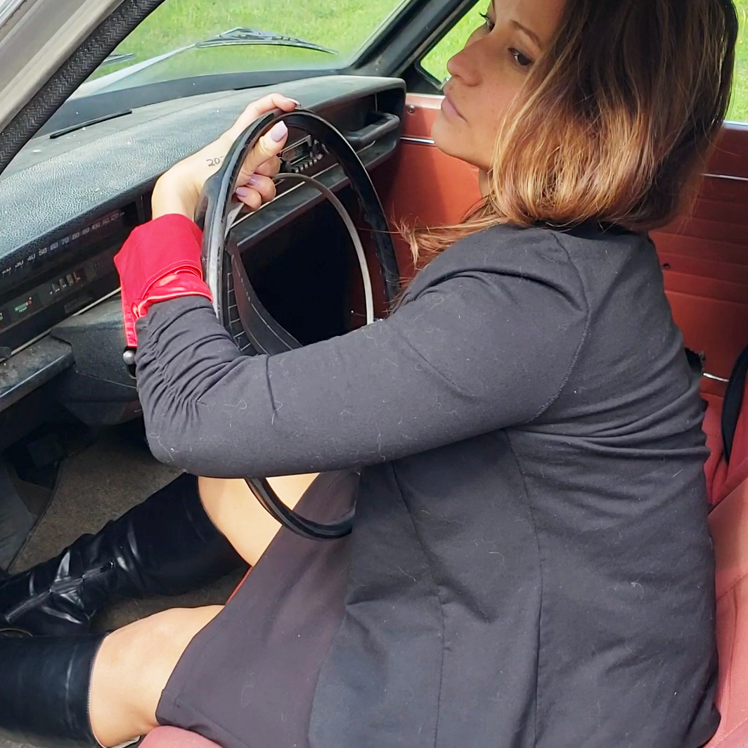 PTP1318 – Jane Domino Cranking the Volvo Till Battery Goes Flat in Business Suit & Boots – Custom 1318
