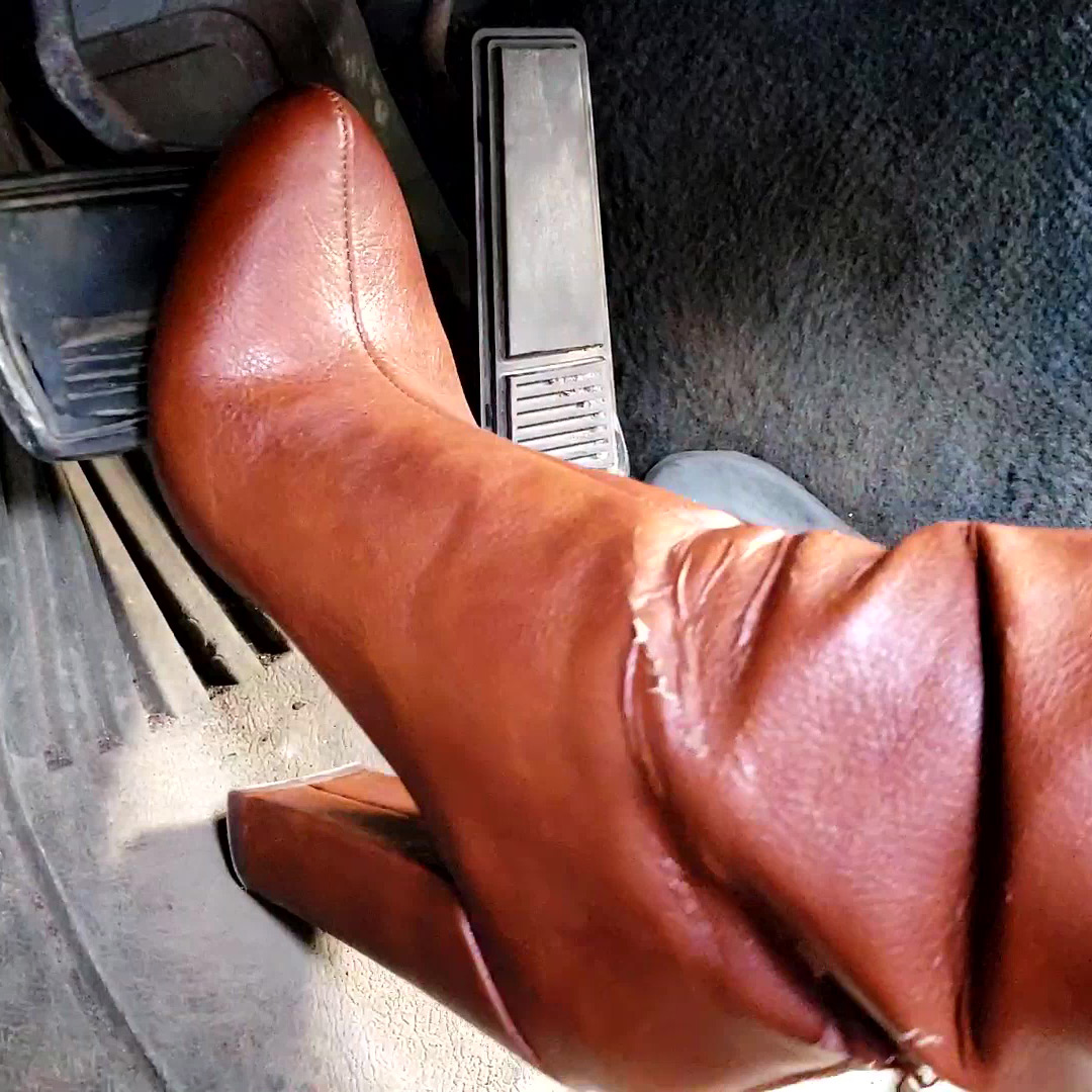PTP1323 – Jane Domino's Brakes Fail in the Monte Carlo in Brown Leather Calf-High Boots – Custom 1323