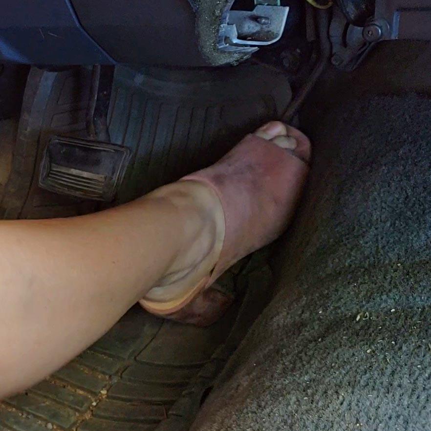 Brooke Cranks & Revs the Monte Carlo Open Toe Sandals, 2 of 2